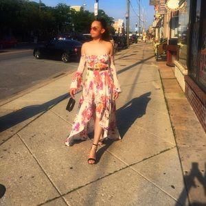 Fashion Nova Dresses - Fashion Nova floral dress